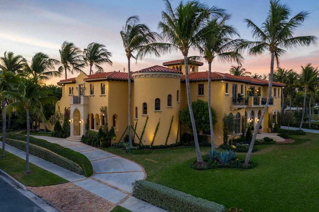 Andre paradelo creates landscaping for kips bay palm beach 2019 for Palm beach home and design show