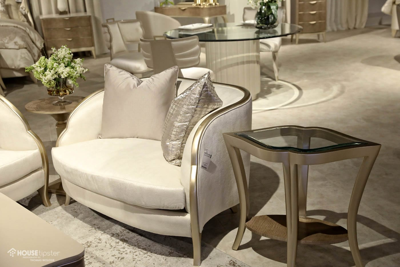 The Deco Influence Lines Hollywood Chic It S An Incredible Look Grubb Told Amini And Seymour